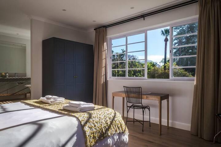 Rozenhof Garden View Room