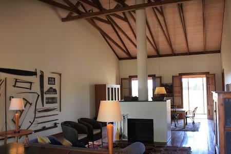 Yarrabandai Creek Homestead - Evans Cabin