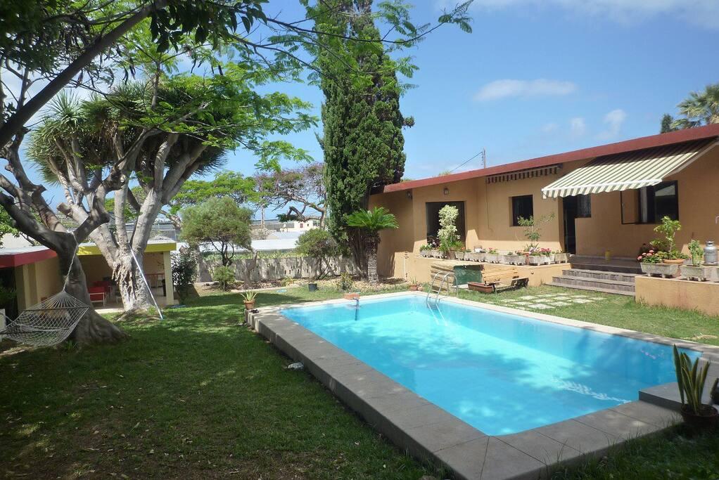 Habitaci n privada casas en alquiler en valle guerra for Habitacion con piscina privada madrid