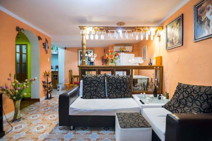 La mejor casa al menor precio.Habitacion de 1 cama