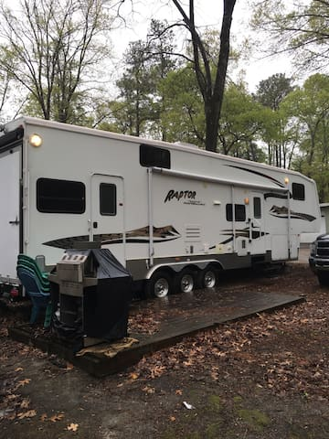 New RV a block from the Bay - Millsboro - Campingvogn