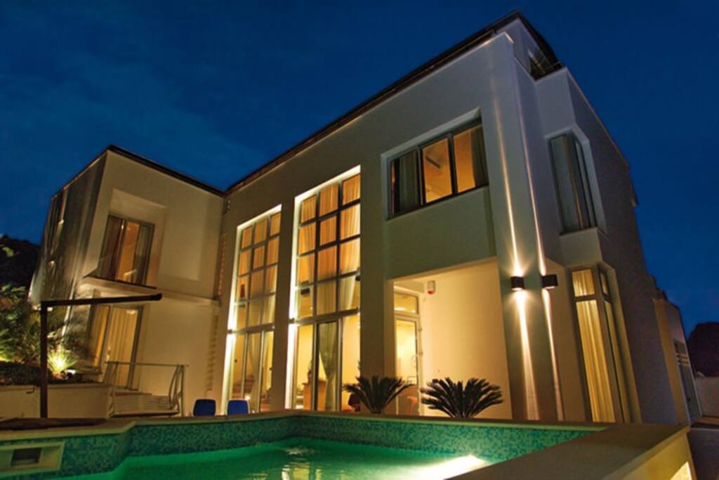 Modern Villa near the seaside
