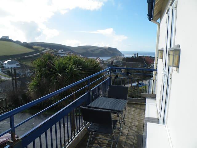 Sand Pebbles B&B Hotel - Hope Cove - Devon - Bed & Breakfast
