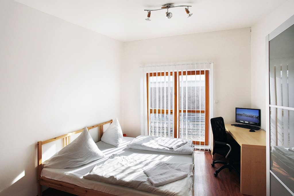 second bedroom with real double bed for 2 people