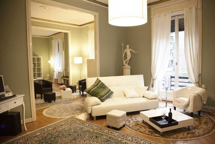 ROYAL: Very Nice LUXURY APT Center Milan