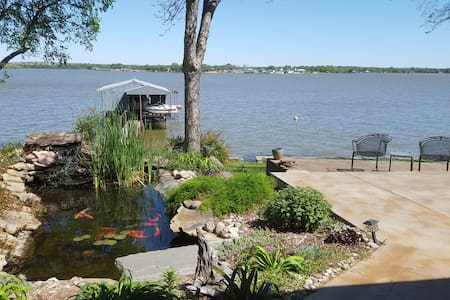 Eagle Mt. Lakefront Retreat (Blue) - Azle - Casa
