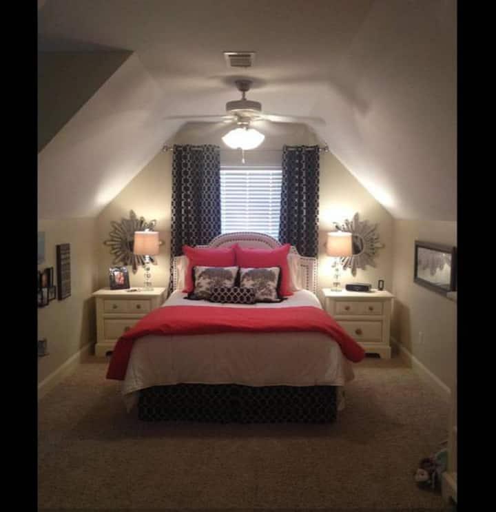Oxford Getaway Private Upstairs Suite