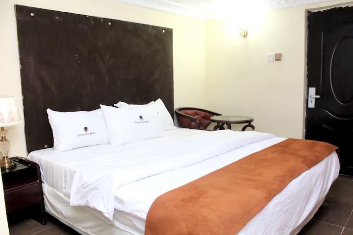 STUDIO SUITE. Clementine Hotel,