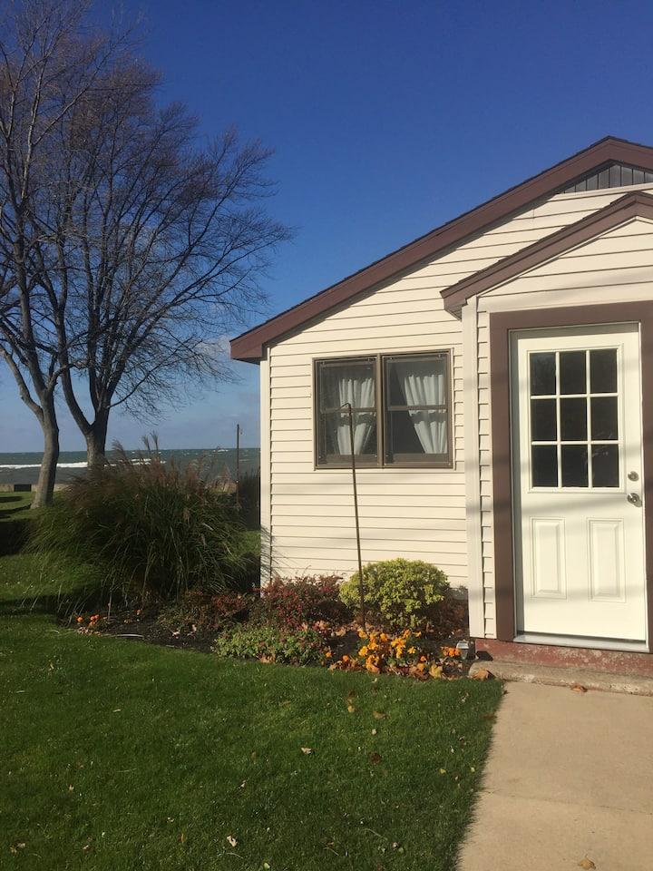 """Lake Erie""  Two Bedroom Studio Apartment"