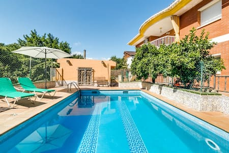 VILLA AGATHE COSTA BRAVA, POOL AND FREE WiFi - Terra Brava