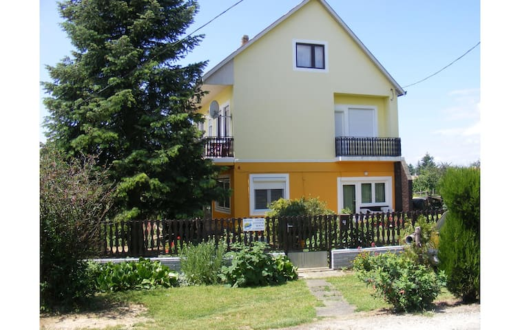 Holiday apartment with 1 bedroom on 70m² in Keszthely-Kertváros