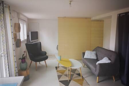 Studio cosy dans maison de ville