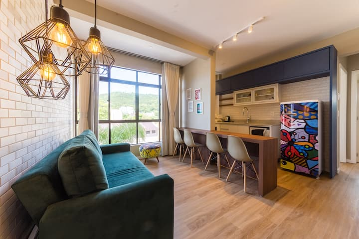 Newly renovated apartment on sand Jurerê JBM201