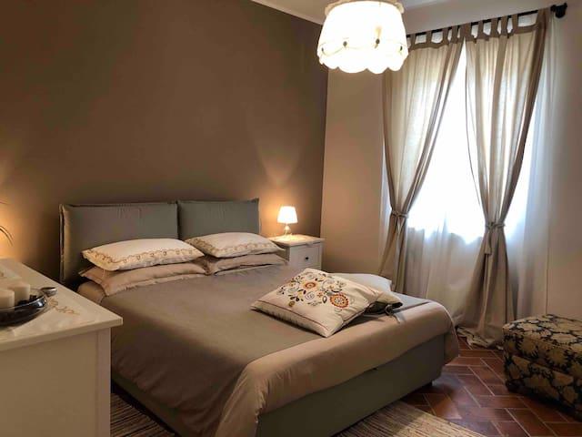 Camera da letto matrimoniale 1º piano