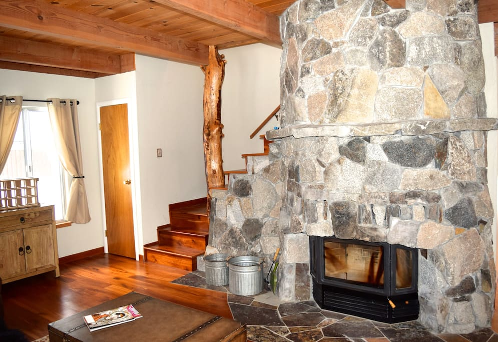 Fireplace - perfect for apres ski fireside