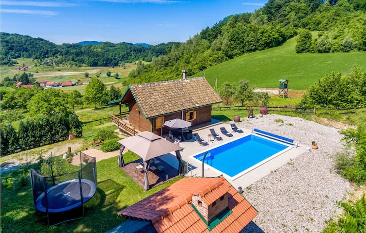 Holiday cottage with 2 bedrooms on 78m² in Krapinske Toplice