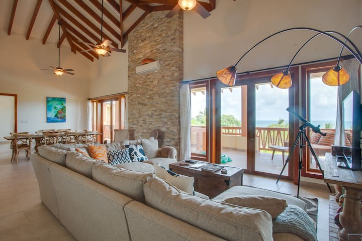"""Villas at Cocoplum, Penthouse """"Scarlet Macaw"""" 431"""