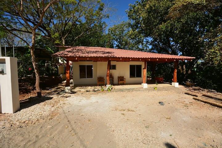 Casa Akakor - Cuarto Individual para Mujeres -