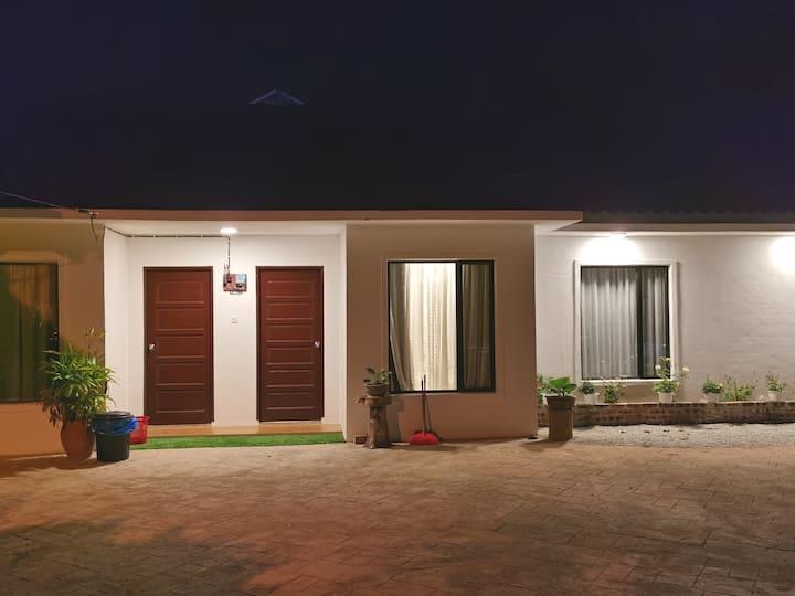 Aaeesha Roomstay-2