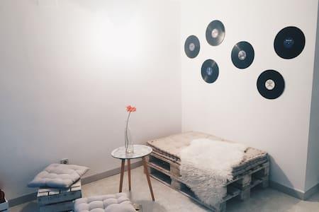Habitación en pleno centro - Igualada - Lägenhet