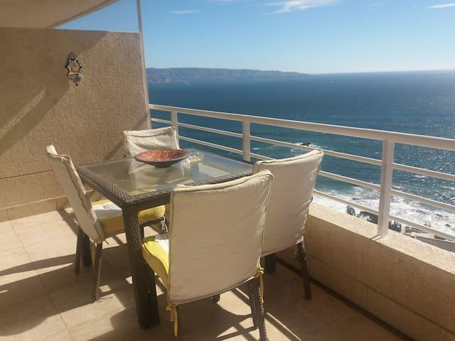 Alojamiento con hermosa  vista al mar