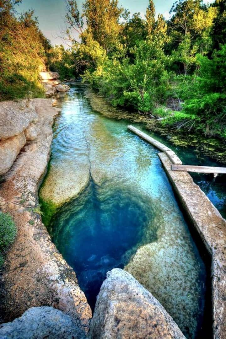 View from up top of Jacobs Well