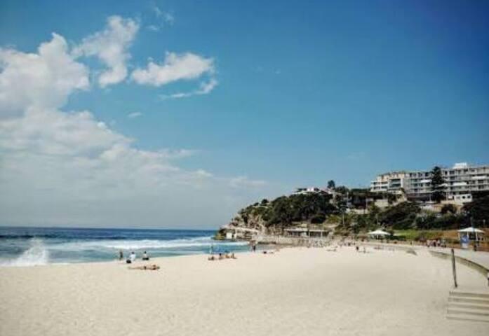 Bronte Art Deco Beach Retreat 2 BD - Waverley - Appartement