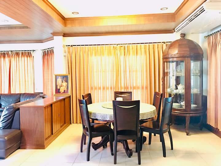 Shalini villa  2 Bedroom 3 Restroom