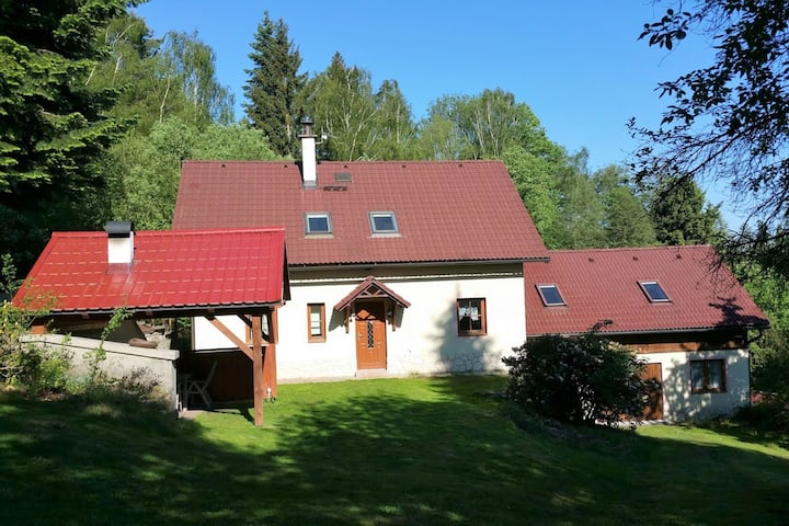 Elite Cottage in Turnov near Ski area