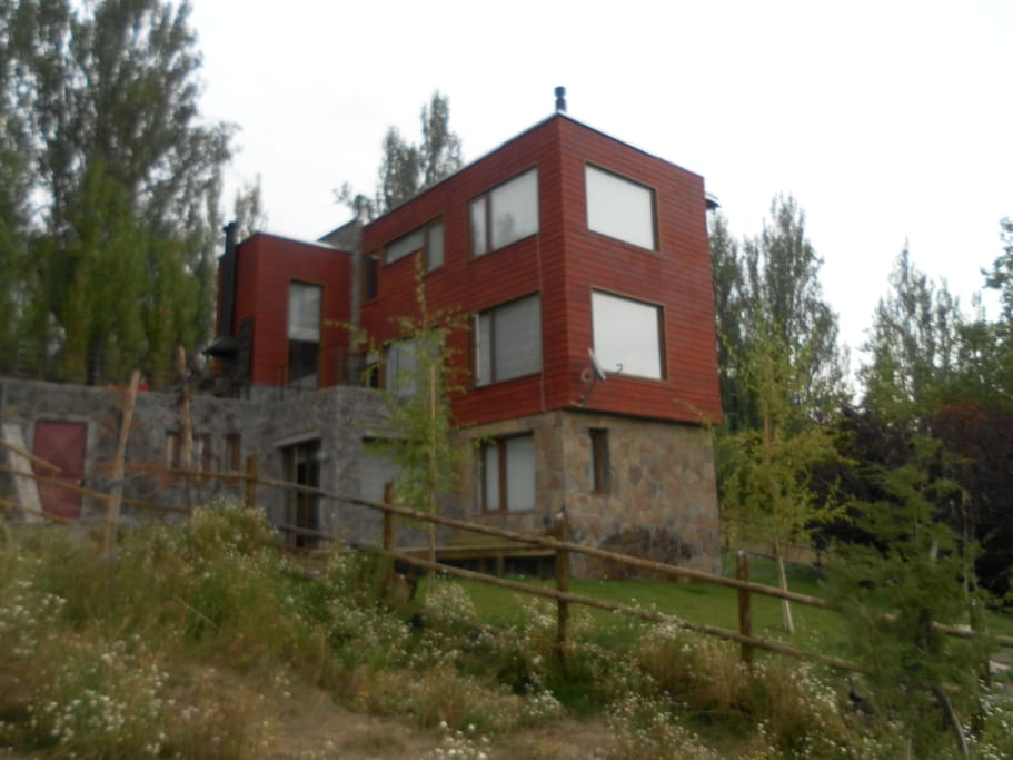 Overall view of the house.