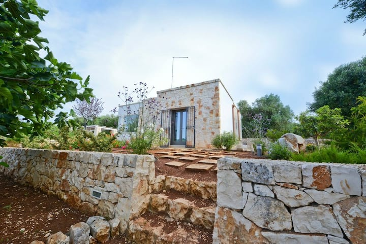 Stone country house: garden, style & relax, wifi