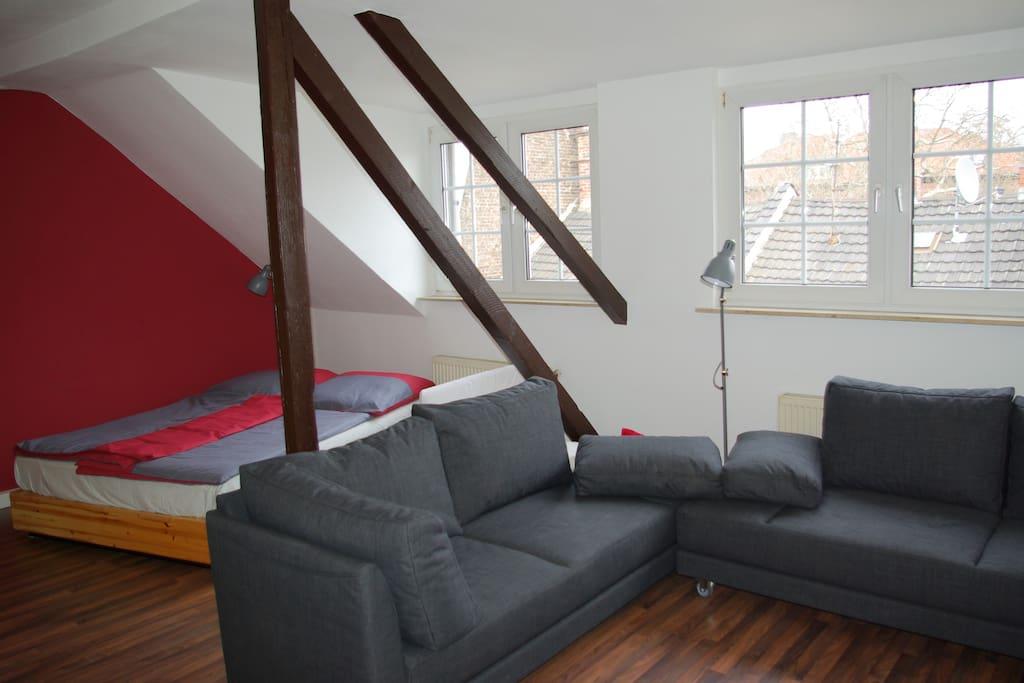 Großes Wohn und Schlafzimmer Betten: 180x200 sowie 2x100x200