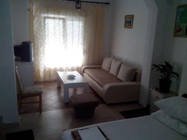 Studio apartman b2+1 - Podaca - Huoneisto