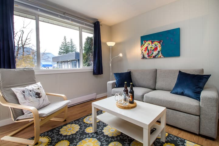 Newly Updated Suites With A View - Spirit Bear