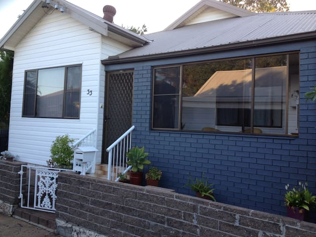 Delightful,warm,quiet,friendly home - Carrington - Huis