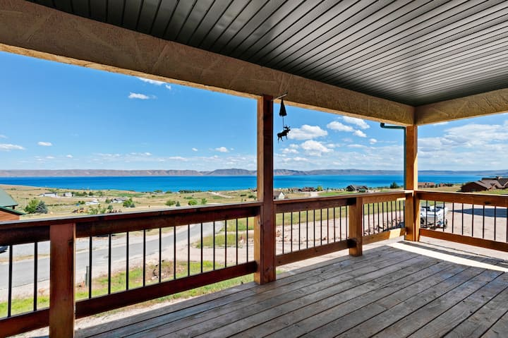 Beautiful lakeview home with a cozy fireplace & spacious deck!