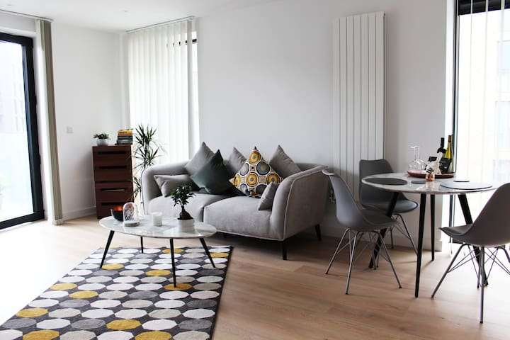 Luxury flat close to Financial District and LCY