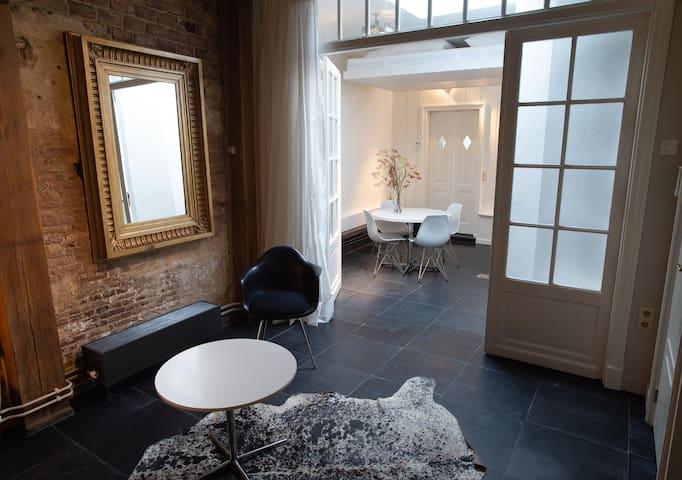 Luxe 17e eeuws appartement vlakbij Amsterdam.