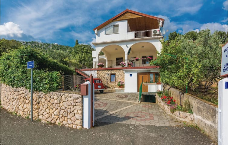 Holiday apartment with 1 bedroom on 43m² in Modric