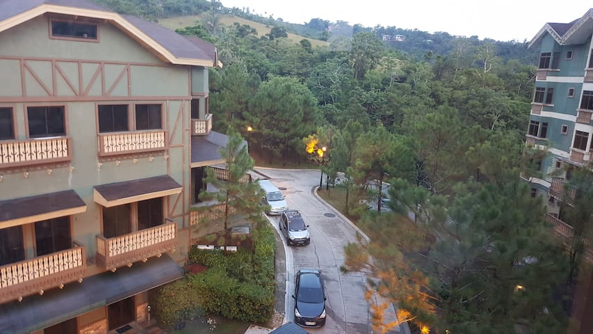 Tagaytay Crosswinds One Bedroom, with Balcony - Tagaytay - Apto. en complejo residencial