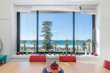 Huge Penthouse Apt with Incredible Beach view - Bondi Beach - Andere