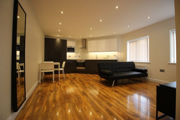 Y3 Apartments, Cranham Suite - Gloucester - Apartment