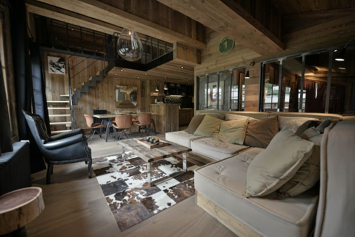 VAL D'ISÈRE DOWNTOWN 4 BEDROOMS LUXURY LOFT