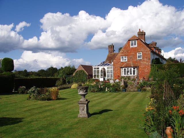 Butlers Farmhouse - Herstmonceux - Bed & Breakfast