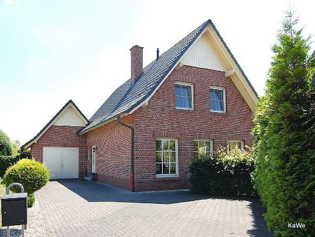 Countryside close to Dutch border - Gronau - House