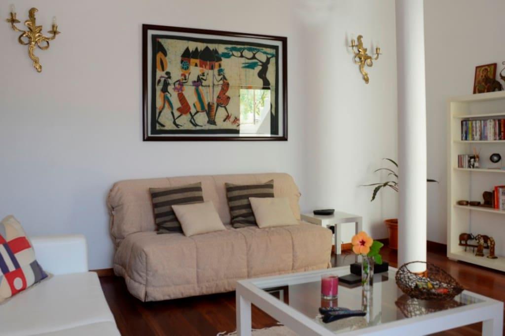 Sitting room with balcony, satellite TV, desk, printer & high-speed wireless internet