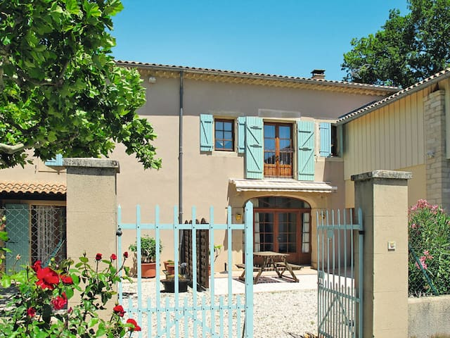Holiday home in Grillon for 5 persons