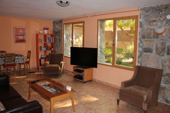 Spacious independent apartment,  garden view