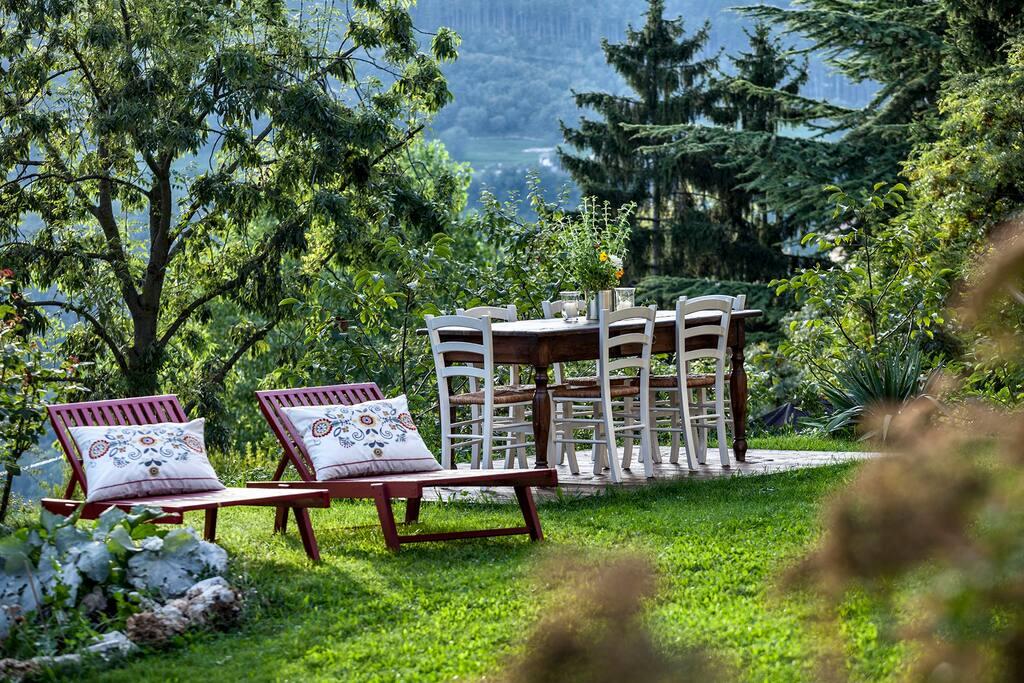Il giardino per la colazione e il relax