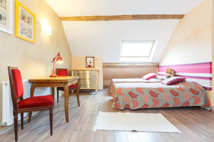 A place to stay in Burgundy vinyard - Saint-Maurice-lès-Couches - Apartment